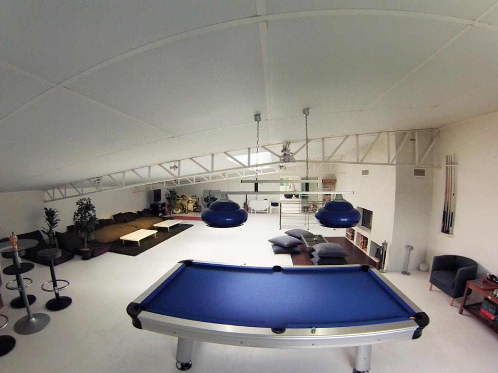 vente maison atypique vendee 85 bord de mer piscine loft bassin billard sauna plage. Black Bedroom Furniture Sets. Home Design Ideas